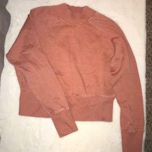 Mock neck cropped sweatshirt